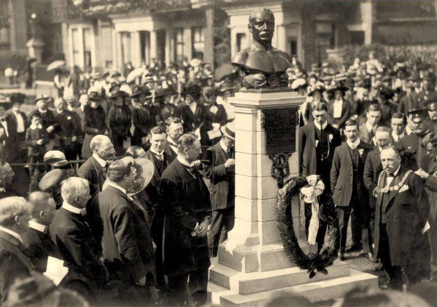 Captain Webb memorial unveiled on Dover seafront, 1910